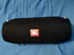 Troco essa caixa de som da JBL extreme. Por um celular