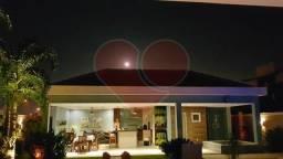 Título do anúncio: Casa de condomínio para venda tem 426 metros quadrados com 4 quartos