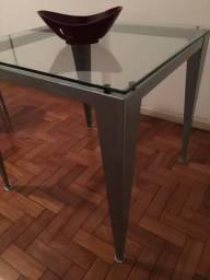 Mesa e duas cadeiras Tok Stok