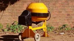 Betoneira Ficher 400 litros / revisada