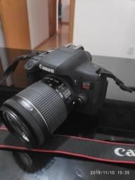 Câmera Canon T6i, poucos cliques