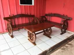 Vendo bancos de madeira
