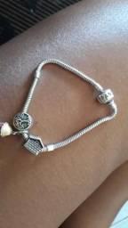 Vendo pulseira Pandora