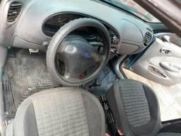 Carro - 2000