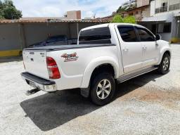 Hilux SRV R$99.000,00 - 2013