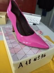 Sapatos / modelos femininos e masculinos!