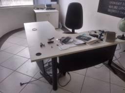 Móveis de escritório usados