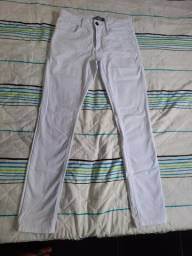 Título do anúncio: Calça branca masculina 40