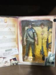 Nathan Drake Uncharted 3 Drake's Deception Play Arts Kai Action Figure