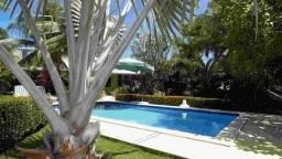 Guarajuba-Cond. Paraíso. Casa piscina jardim em 1000m2 a 200 m da praia