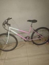 Título do anúncio: Vendo bicicleta rosa com branco.