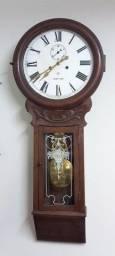 Título do anúncio: antigo relógio de parede ansônia com segundeiro