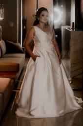 Título do anúncio: Vestidos de noiva minimalista