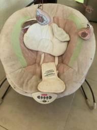 Cadeira vibratória com música para bebê