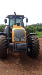 Trator agrícola Valtra BH 180 (Leia o Anúncio)