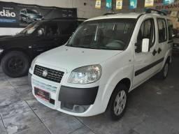 Fiat Doblo Essence 1.8 completo 2012