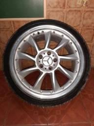 Título do anúncio: Vendo roda 17 Mercedes
