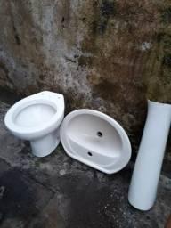 Vendo conjunto sanitário