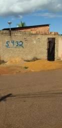 Vendo uma casa ah 100 metros da av: Viera Caula
