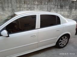 Astra 2011 Automático impecável