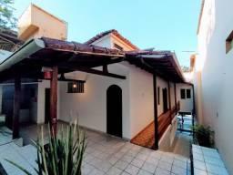 Casa residencial e comercial Bairro de Lourdes, próximo da Avenida Marechal Campos