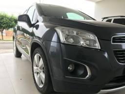 Vendo ou troco SUV Tracker - 2014