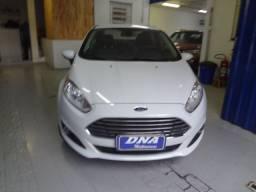 Ford Fiesta Sedam 1.6 powershift Titanium plus