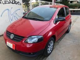 Vw Volkswagen Fox com Direção Hidráulica 1.0 Flex 4 Portas Vermelho 2007/07