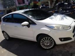 Carro new fiesta automático 2014