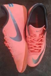 Chuteira de FUTSAL - Nike Mercurial (usada)