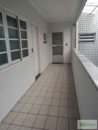 (Ramos) Apartamento amplo 02 dormitórios- Bairro Guilhermina. 3° andar de escada