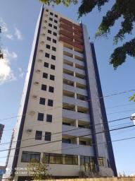 Apartamento no Aeroclube com 03 quartos