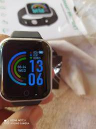 Smartwatch D20 (preto e prata)