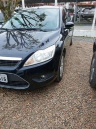 Ford Focus 1.6 com Multimidia