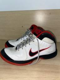 Tênis Nike de basquete