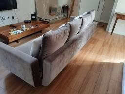 Sofá em veludo cinza
