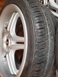 Jogo de roda aro 22 com pneus