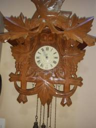 Título do anúncio: Relógio cuco antigo