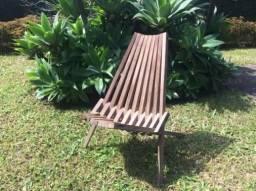 6 cadeiras dobráveis de madeira