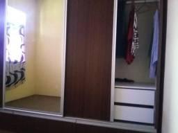 Guarda-roupas mdf de primeira novo treis portas