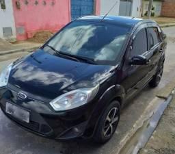 Fiesta sedan 1.6 /12 - 2012