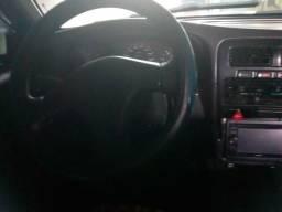 Picap Nissan D 21 - 1995