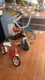 Vendo velocípede antigo