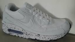 Roupas e calçados Unissex - Colombo 5ff47ed69cbf8