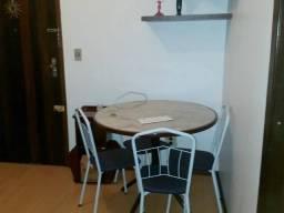 Apartamento em Porto Alegre (RS), uma suíte mais um quarto, Centro R. Duque de Caxias 837