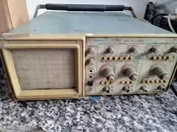 Osciloscópio Tektronix 20 mhz 2261
