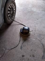 Vendo bão pra guem morar na roça encher pneu de moto carroça charrete carro etc 150 reais