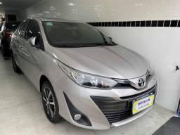 Yaris 2019 1.5 sedan xls, versão top de linha, teto solar start/stop