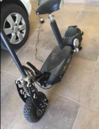 Vendo Scooter Two Dogs - 1000 W - Preta