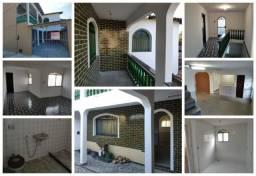 Casa Duplex 2Qts + 2WC- (C/ Varandas - Churrasqueira - Garagem)- 300M Mc. Donald's